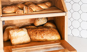 wood-bread-box