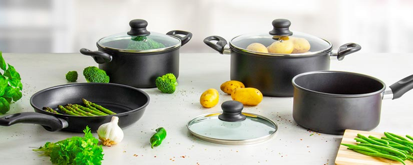 Are There Toxins in Your Cookware That You Should Be Aware of?